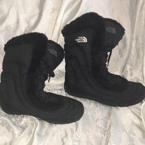 The North Face Womens Nuptse Faux Fur IV Boot Sz 9